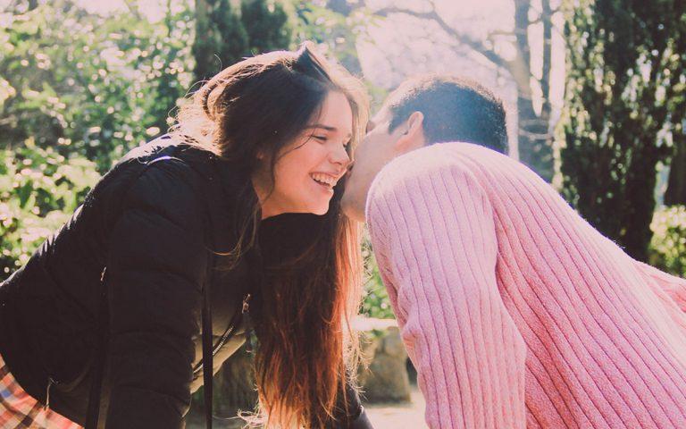 引き寄せの法則を恋愛に活用する3つのやり方