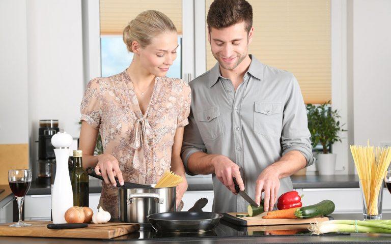 彼氏に手料理をふるまうときに勘違いしがちな3つのこと