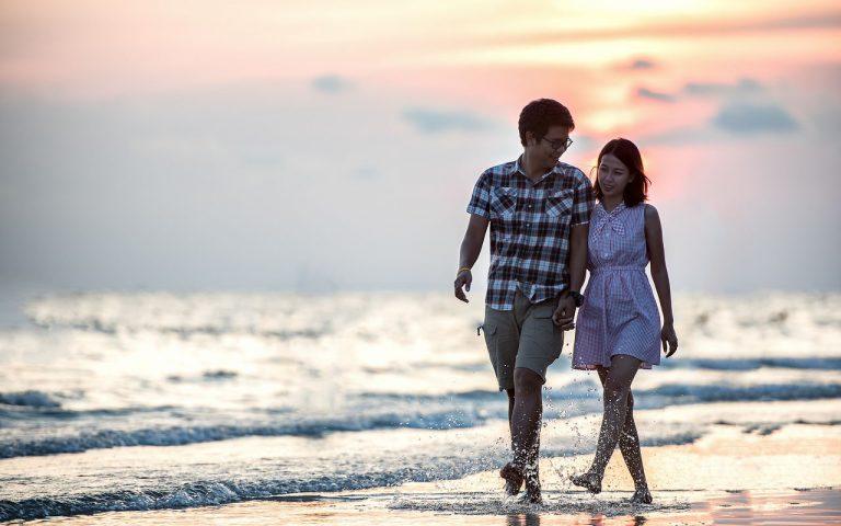 引き寄せの法則で幸せな恋愛を手に入れる10の方法