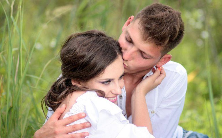 幸せな恋愛を引き寄せる!復縁でも結婚でも特定の人と幸せになる方法
